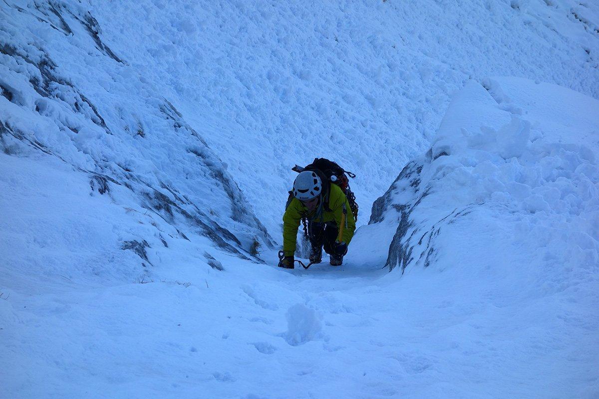 Ottima neve sulla prima goulottina
