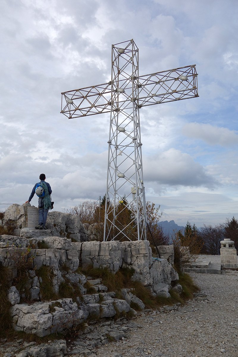 La cima del Monte Cengio